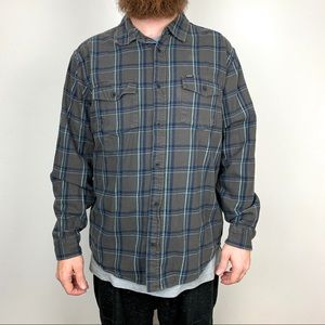 Hurley Button Down Flannel Short Size XL
